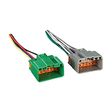 61dE64YiqlL._SY355_ amazon com metra 70 9221 radio wiring harness for select volvo 97 volvo wiring harness at bayanpartner.co