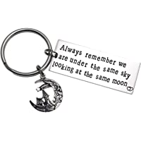 Long Distance Relationship Gifts Always Remember We are Under The Same Sky Looking at The Same Moon Friends BFF Key Chain Gift for Husband Boyfriend
