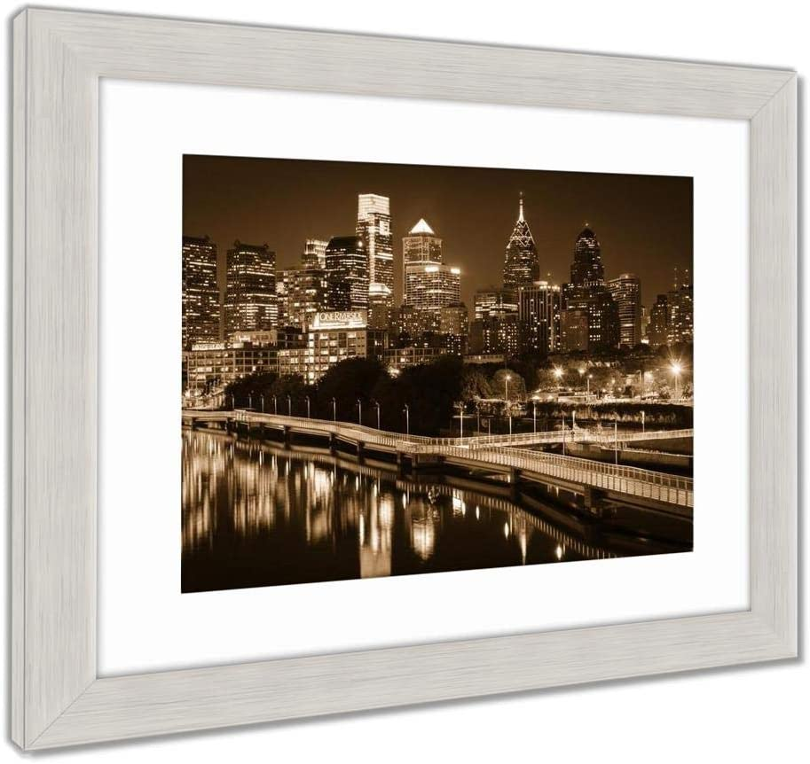 """AshleyフレームプリントThe Skyline and Schuylkill Banks Boardwalk seen at night from Th、壁アートホーム装飾、ag6046429 34"""" x 40"""", Silver Frame 6046429-AFPL1-SS24"""