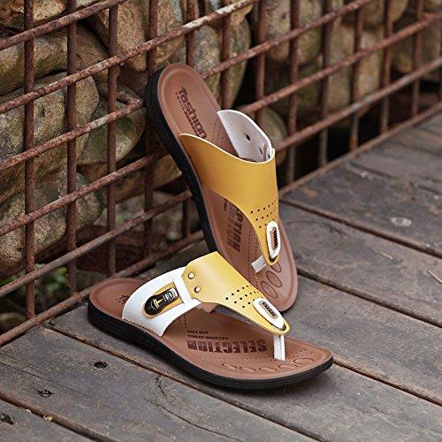 ZHANGJIA Toe Sandalen Herren, Anti Slip Flip Flops, Badeschuhe, Koreanische Hausschuhe, 44, Gelblich 3859