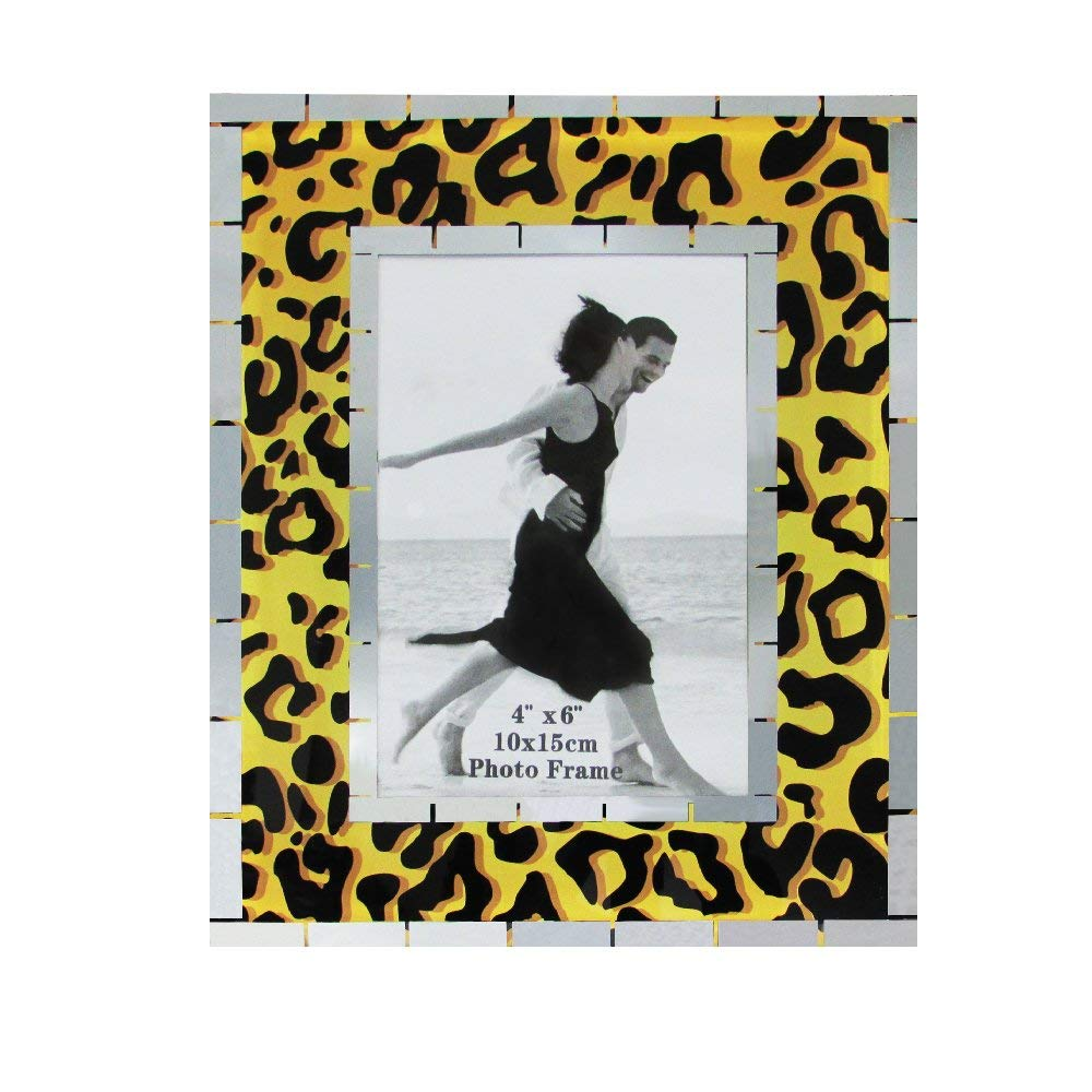 Pack of 3 Safari Animal Print Wall and Table Top Picture Frames Rockin Gear Glass Photo Frames Holds a 4 x 6 Print