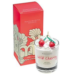 Piped Candle by Bomb Cosmetics Wild Cherry