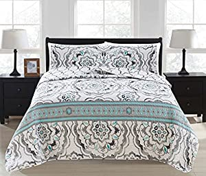 Great Bay Home 3-Piece Printed Quilt Set with Shams. All-Season Cotton-Polyester Bedspread with Abstract Large Scale Geometric Pattern. Farrah Collection By Brand. (King, Grey)
