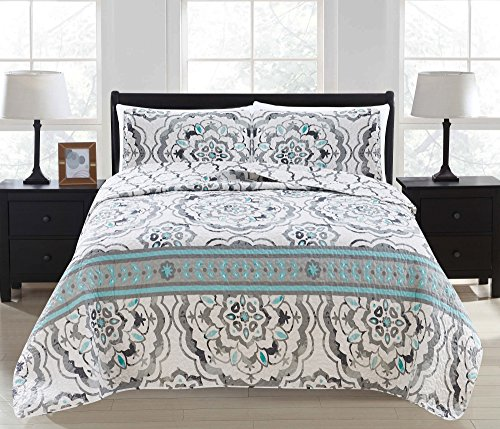3-Piece Printed Quilt Set with Shams. All-Season Cotton-Polyester Bedspread with Abstract Large Scale Geometric Pattern. Farrah Collection By Great Bay Home Brand. (Full/Queen, Grey)