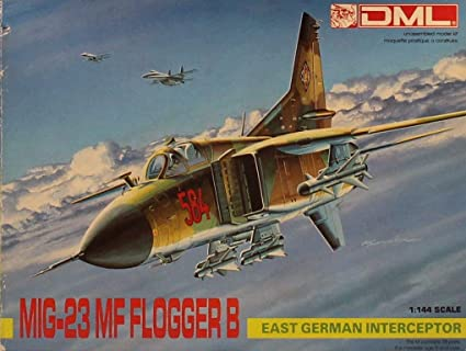 Amazon.com: Dragon 1:144 Mig-23 MF Flogger B Kit de modelo ...