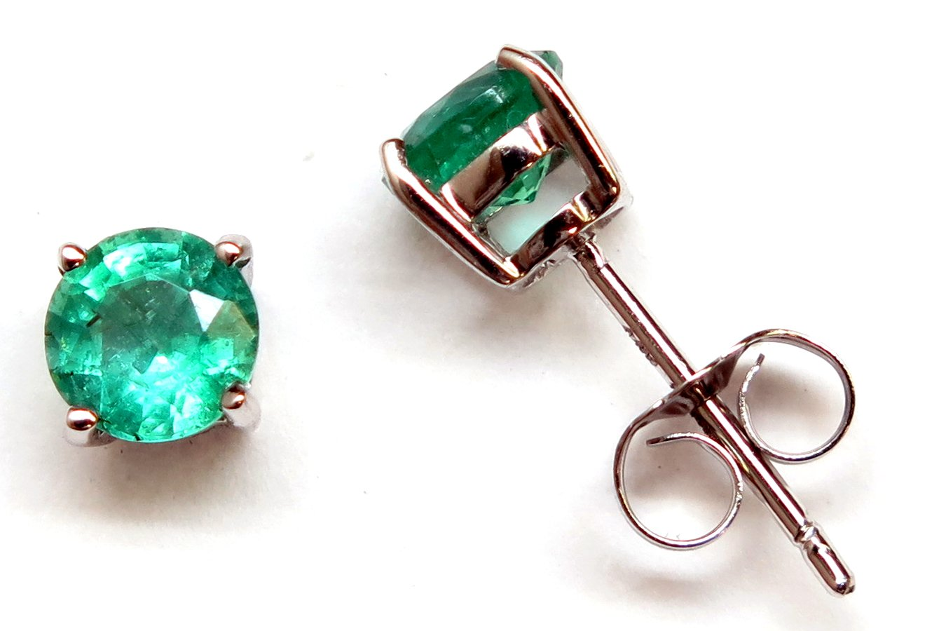 14K Solid White Gold Round 5.0mm Genuine AAA Emerald=1.00 ct. Stud Earrings