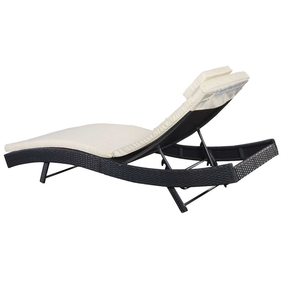 amazoncom tangkula adjustable pool chaise lounge chair outdoor patio furniture pe wicker wcushion patio lawn u0026 garden