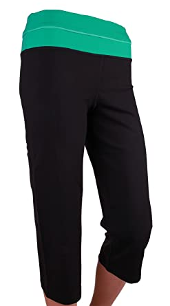Amazon.com: Kirkland Signature Women's Reversible Capri Yoga Pant ...