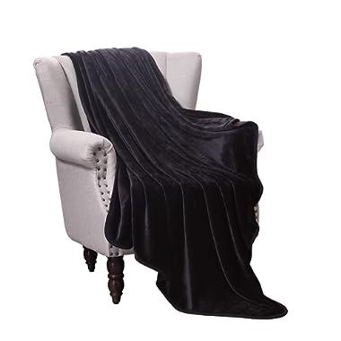 Exclusivo Mezcla Luxury Flannel Velvet Plush Throw Blanket – 50  x 60  (Black)
