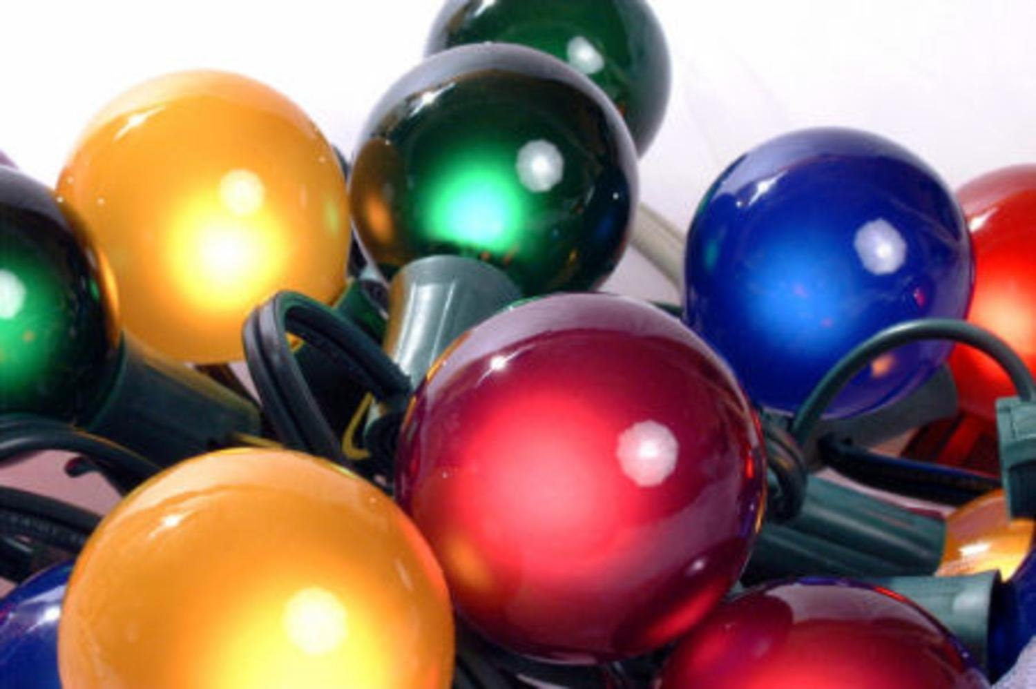 Set of 15 Multi Satin G50 Globe Christmas Lights - Green Wire ...