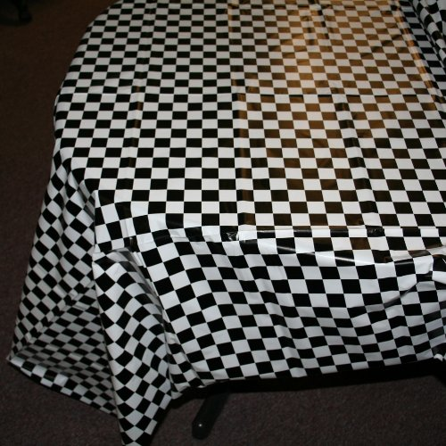Black And White Checkered Tablecloth (Plastic Checkered Tablecover,54