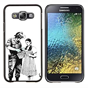 Eason Shop / Premium SLIM PC / Aliminium Casa Carcasa Funda Case Bandera Cover - Policía antidisturbios Significado Libertad Civil - For Samsung Galaxy E5 E500