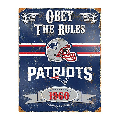 Party Animal NFL Embossed Metal Vintage New England Patriots Sign (Wall New Metal)