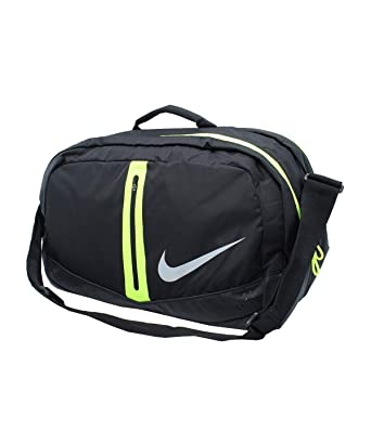 Amazon.com   NIKE RUN SPEED DUFFLE BAG-55215   Sports Duffels 1446de8d60