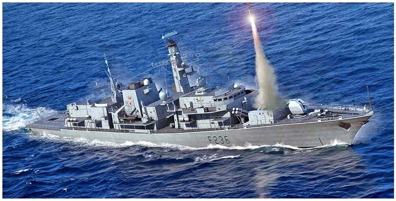 多用途製造業火曜日フジミ模型 1/700 艦NEXTシリーズ No.1 日本海軍戦艦 大和 (旧タイプ台座) 色分け済み プラモデル 艦NX1