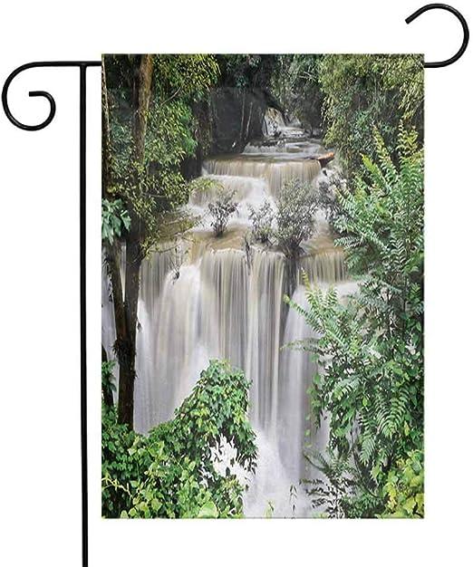 Eastlif Poliéster Jardín Bandera Selva Tropical Huay Mae Khamin Cascada en la Selva Tropical Tailandia Vacaciones Vacaciones Tema A un Lado Vacaciones al Aire Libre Jardín Banderas Verde Marrón: Amazon.es: Jardín
