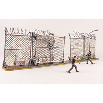 McFarlane Toys The Walking Dead AMC TV Series Prison Gate & Fence Building Set #14556 192 pcs: Toys & Games