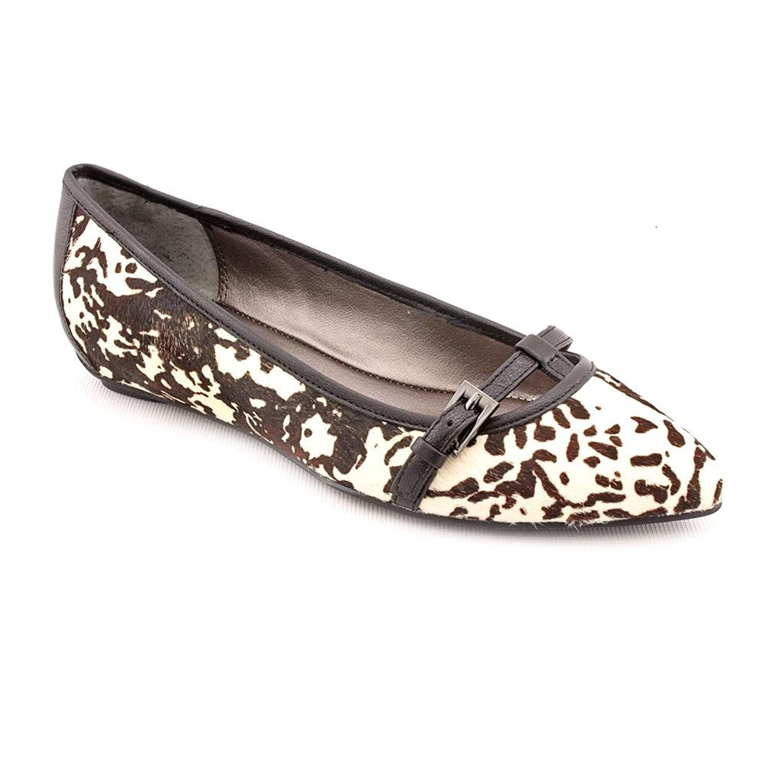 Kenneth Cole REACTION Women's Uptown Girl Flat