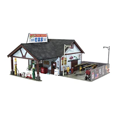 Woodland Scenics WOOBR4935 N Built-Up Ethyl's Gas & Service: Toys & Games