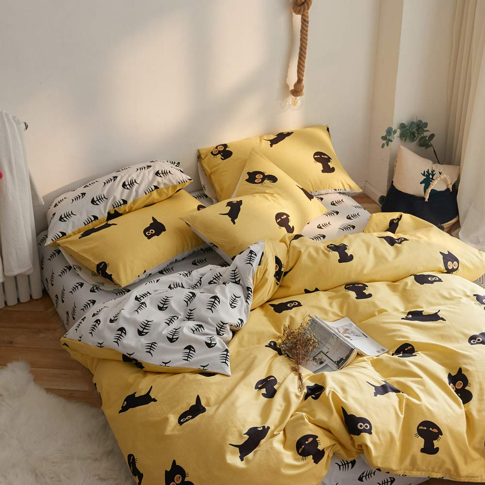 VClife Cotton Queen Cartoon Bedding Set-Cute Fish Bones Cat Animal Reversible Duvet Cover Sets, Yellow White Black Bedding Comforter Cover with Pillow Shams