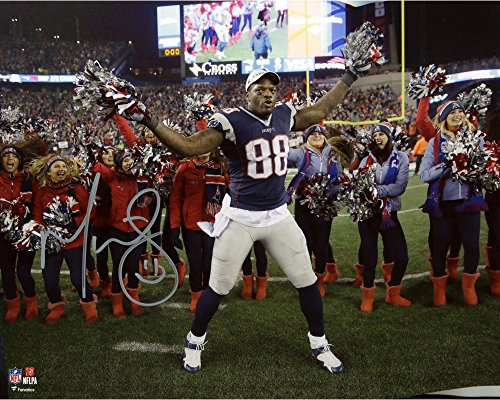 Martellus Bennett New England Patriots Autographed 8  X 10  Dancing With Cheerleader Photograph   Fanatics Authentic Certified