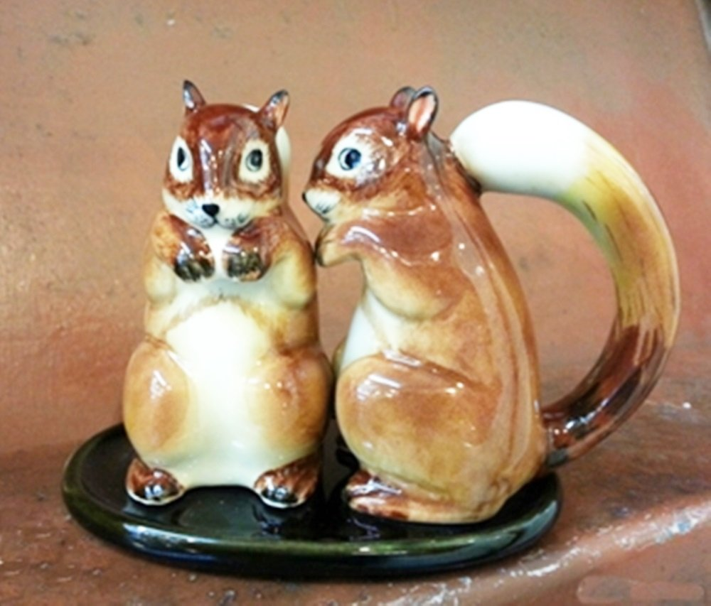 Dollhouse Miniatures Ceramic Salt&Pepper Brown Squirrel FIGURINE Animals Decor by ChangThai Design