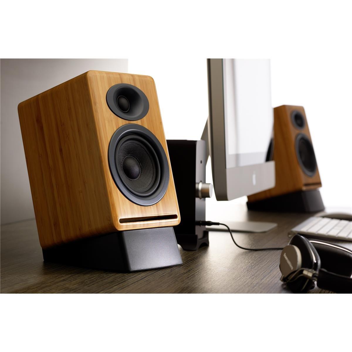 speakers desk. speakers desk l