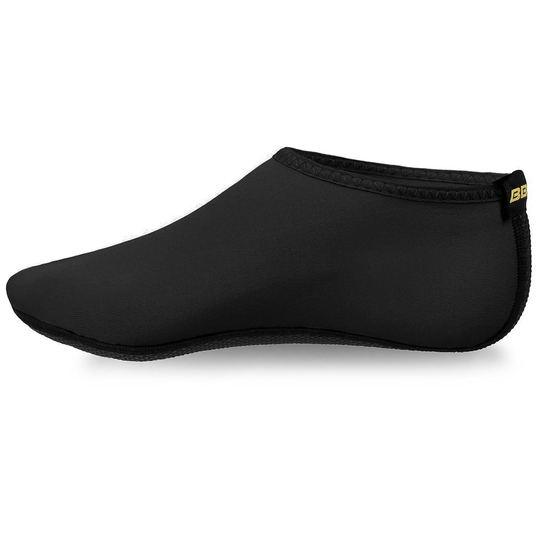 JustOneStyle zapatos de piel de agua descalzo calcetines Aqua para el  ejercicio de la playa de surf de natación de surf Negro 0ad67f928af