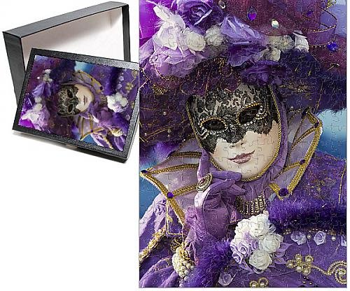 Photo Jigsaw Puzzle of Carnival Venice Italy Masked Costumes