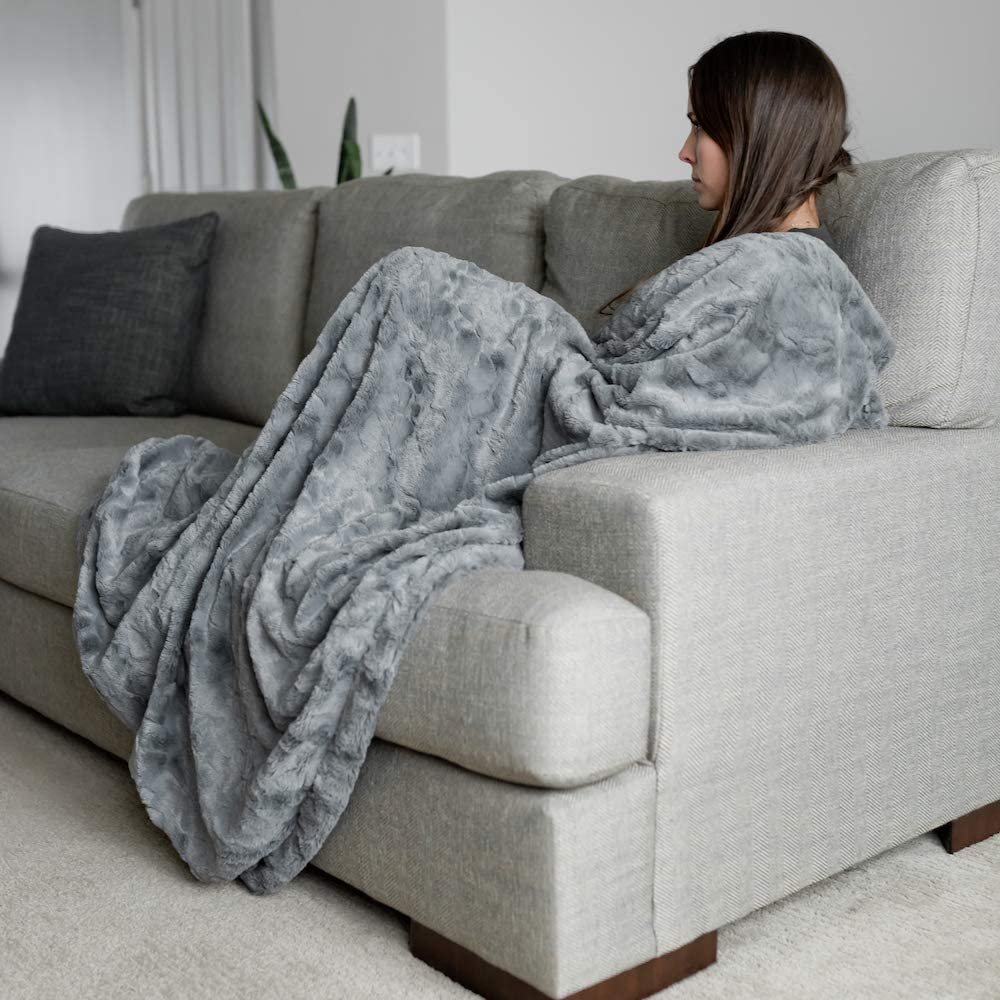 GRACED SOFT LUXURIES Softest Warm Elegant Cozy Faux Fur Home Throw Blanket (Solid Gray, Large 50