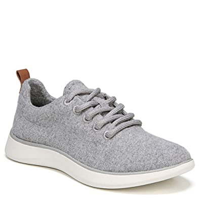 d202fcc7 Amazon.com   Dr. Scholl's Women's Freestep Light Grey Wool Fabric 7.5 M US    Fashion Sneakers