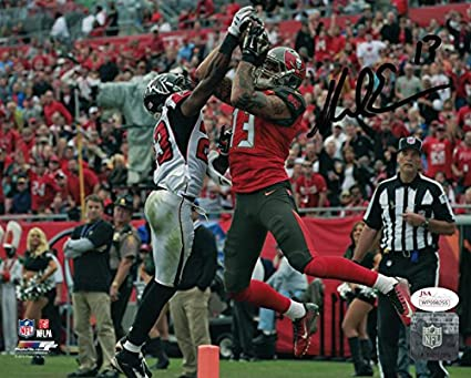 4081ab43f Mike Evans Autographed Tampa Bay Buccaneers 8x10 Photo (vs Falcons) JSA