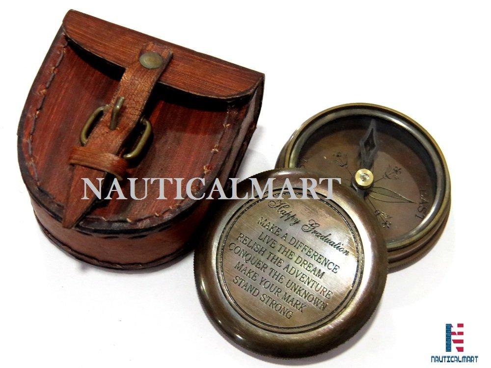 NAUTICALMART Happy Graduation Zitat Massiv Messing antik Kompass mit Geschenk Fall