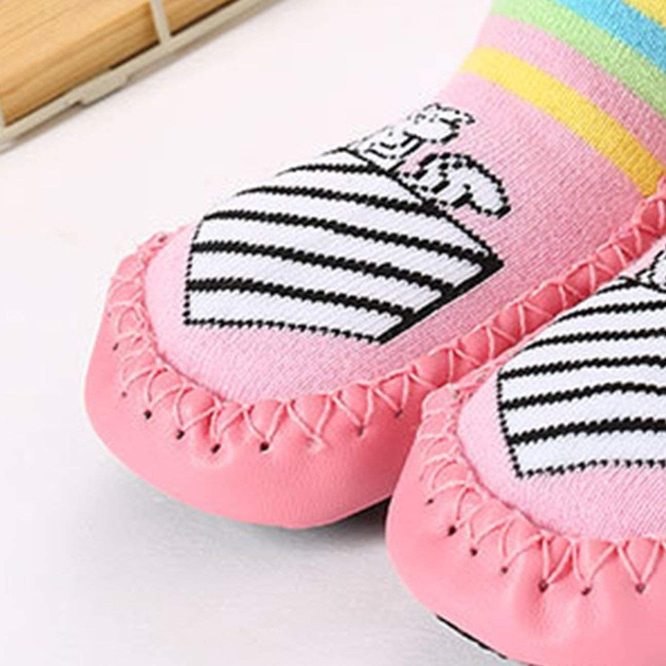 Whiteswan Autumn Winter Comfortable Keep Warm Cute Cartoon Printed Kids Toddler Baby Anti-Slip Sock Shoes Boots Slipper Socks