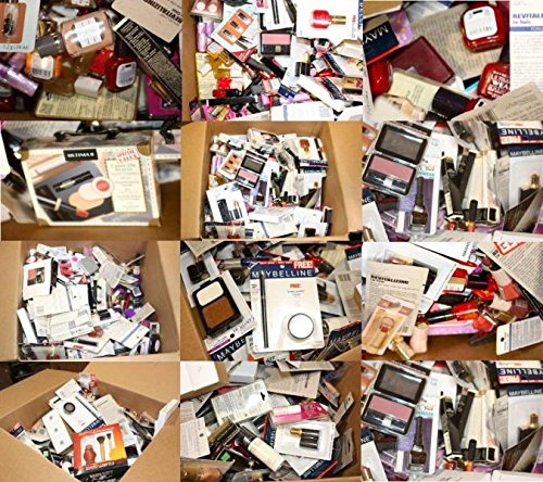 Amazon.com : 20 Piece Wholesale Makeup Assorted Lot ~ L'oreal Maybelline Covergirl Sally Hansen Almay Revlon & More Name Brand Cosmetics (20 Piece) : Beauty
