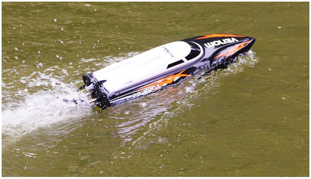 Cheerwing RC Racing Boat for Adults - High Speed Electronic Remote Control Boat for Kids, Black by Cheerwing (Image #5)