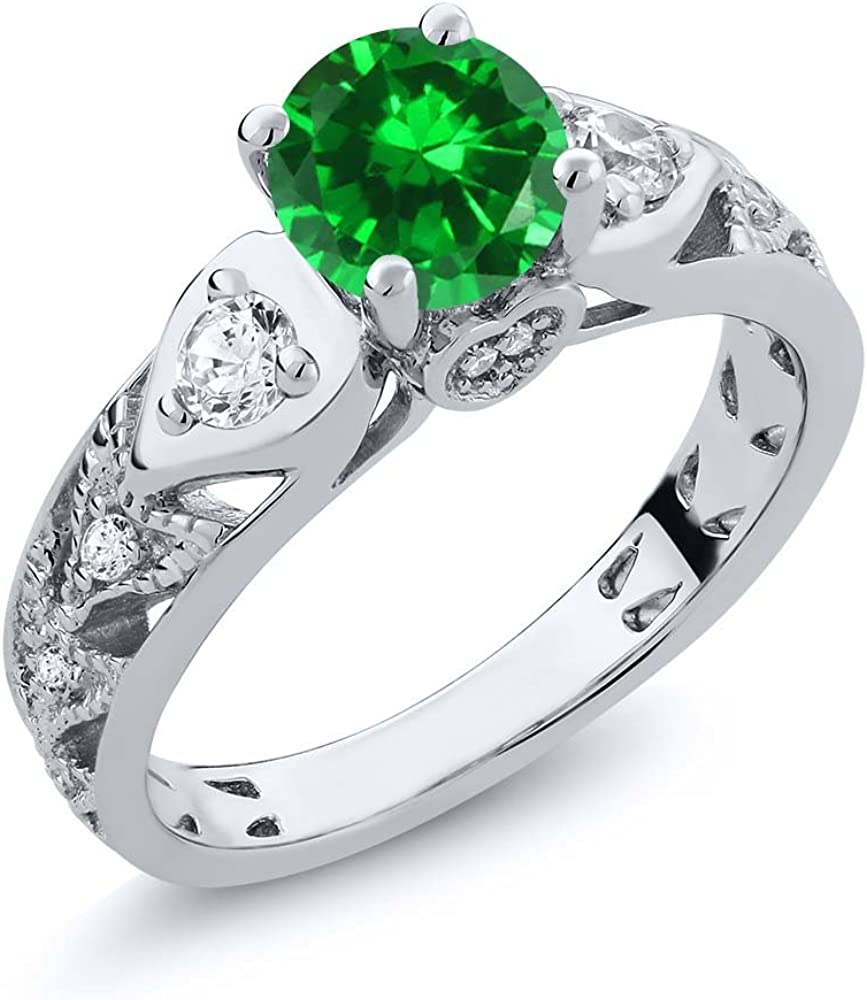 Gem Stone King 925 Sterling Silver Green Simulated Emerald Women Engagement Ring (2.76 Ct Round Available in size 5, 6, 7, 8, 9)