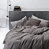 Duvet Cover Set, 100% Soft Cotton Bedding, Chevron Zig Zag Geometric Modern Pattern Printed on Gray Grey, with Zipper Closure (3pcs, Queen Size)