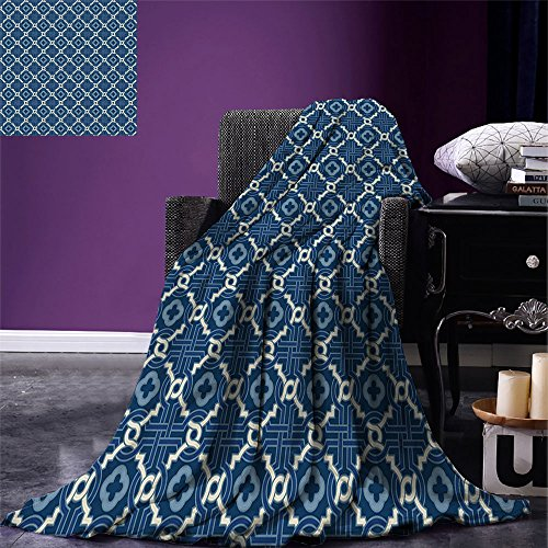 smallbeefly Quatrefoil Digital Printing Blanket Ethnic Arabian Tessellation Theme Entwined Curved Motifs of Marrakesh Tile Art Summer Quilt Comforter Blue White by smallbeefly
