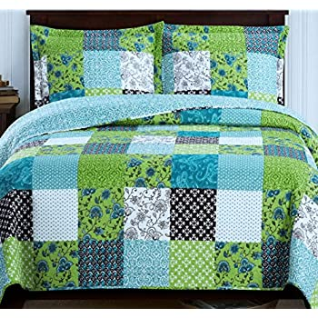 Amazon Com Country Cottage Patchwork Blue Green Quilt