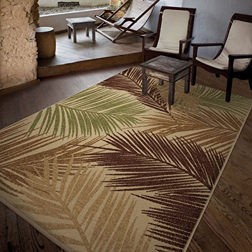 Indoor/Outdoor Leaves Palmbreeze Beige Area Rug (5'2