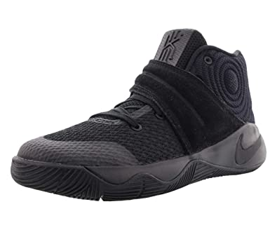 finest selection fdfd0 7ac44 Amazon.com | Nike Kyrie 2 Basketball Preschool Boy's Shoes ...
