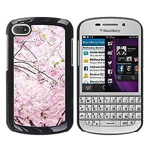 FECELL CITY // Duro Aluminio Pegatina PC Caso decorativo Funda Carcasa de Protección para BlackBerry Q10 // Spring Japan Floral Petals Blooming Cherry