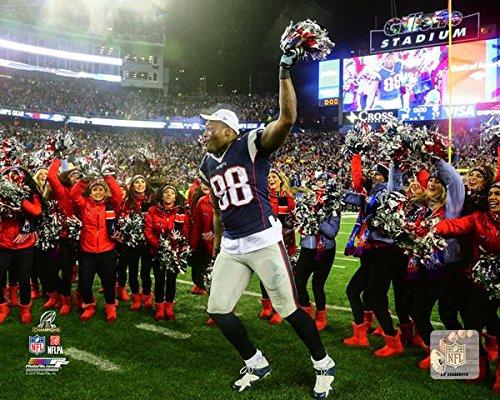 Martellus Bennett New England Patriots 2016 Afc Championship Game Action Photo  Size  20  X 24