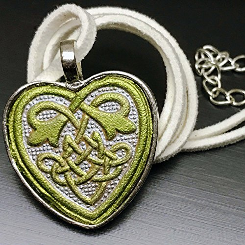 Partner Costumes For Teenage Girls (Greenery Celtic Heart Handpainted Veg-tanned Leather Pendant Necklace)