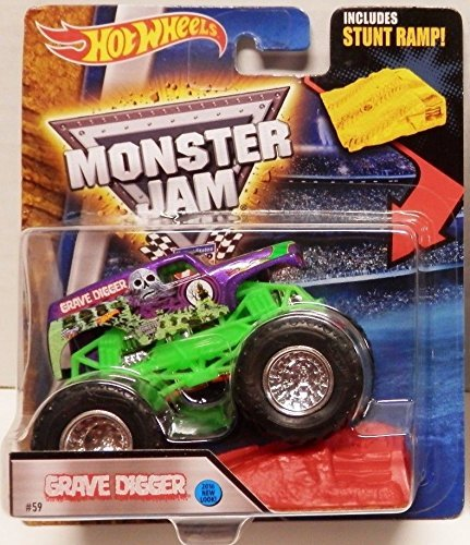 Hot Wheels Monster Jam 2016 Grave Digger (Includes Stunt Ramp) 1:64 Scale, Purple and Green