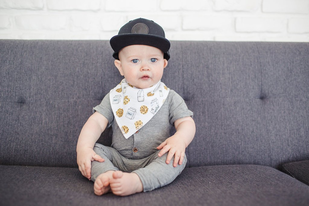 Amazon.com: Juego de 4 baberos para bebé Bandana con diseño ...