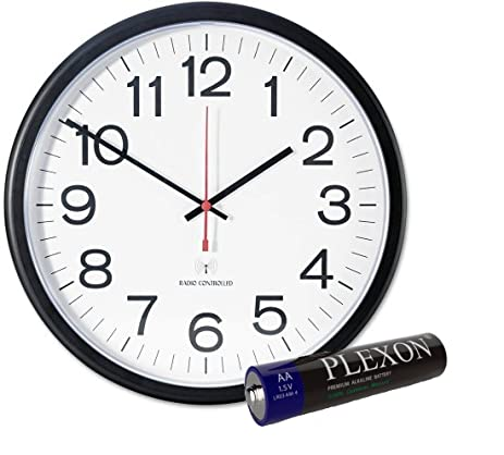 Amazon.com: Universal Indoor/Outdoor Clock, 13 1/2-Inch, Black ...