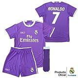 Real Madrid Set sportivo, tema: seconda divisa del giocatore Ronaldo del Real Madrid anno 2016-2017, da bambino