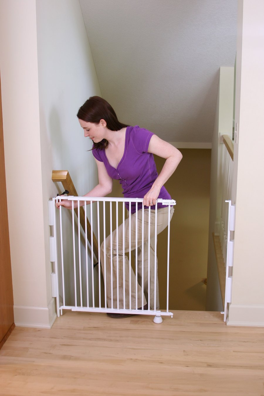 Amazon.com: Regalo Extra Tall Top Of Stairs Gate, With Banister And Wall  Mounting Kits, 34 55 Inches Wide: Kitchen U0026 Dining